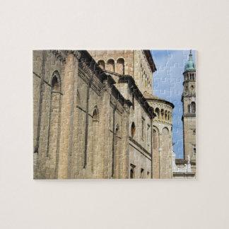 Italia, Parma, torre de la iglesia de San Giovanni Rompecabeza