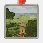 Italia, Pienza. Vista de la Toscana Ornamentos De Navidad