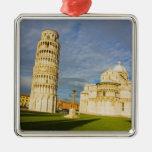 Italia, Pisa, Duomo y torre inclinada, Pisa, 2 Adorno Navideño Cuadrado De Metal