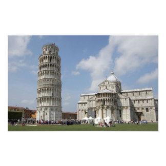 Italia, Pisa. Torre inclinada de Pisa y Cojinete