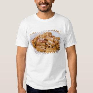 Italia, Positano. Placa de la exhibición de Camisas