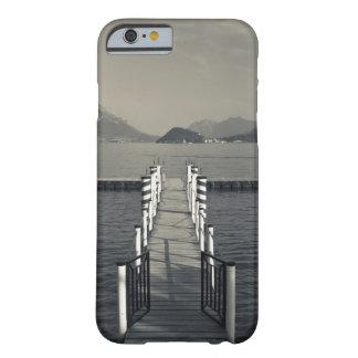 Italia, provincia de Como, Tremezzo. Embarcadero Funda De iPhone 6 Barely There
