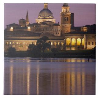 Italia, provincia de Mantua, Mantua. Opinión y 2 d Azulejo Cuadrado Grande