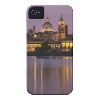 Italia, provincia de Mantua, Mantua. Opinión y 2 iPhone 4 Fundas