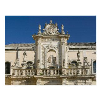Italia, Puglia, Lecce, Piazza del Duomo, Palazzo Tarjetas Postales