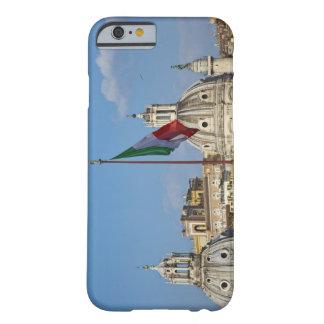 Italia, Roma. Bandera italiana Funda Para iPhone 6 Barely There