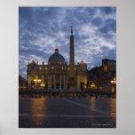 Italia, Roma, Ciudad del Vaticano, la basílica de  Posters