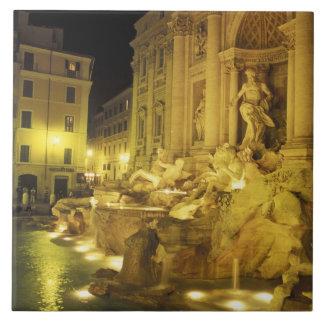 Italia, Roma. Fuente del Trevi en la noche Azulejo Cuadrado Grande