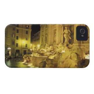 Italia, Roma. Fuente del Trevi en la noche Case-Mate iPhone 4 Protectores