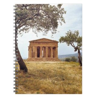 Italia, Sicilia, Agrigento. Las ruinas de los 2 Libro De Apuntes