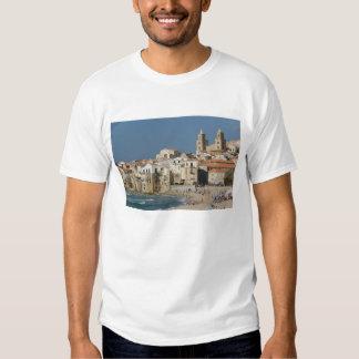 Italia, Sicilia, Cefalu, opinión de la ciudad con Polera