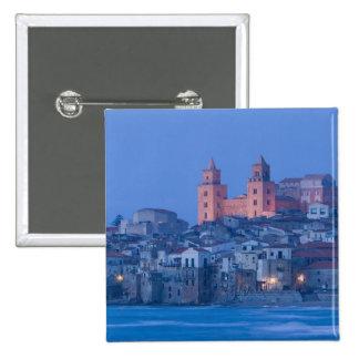 Italia, Sicilia, Cefalu, visión con el Duomo de Pin Cuadrada 5 Cm