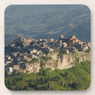 Italia, Sicilia, Enna, Calascibetta, opinión 2 de  Posavasos Para Bebidas