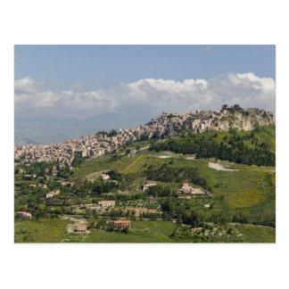 Italia, Sicilia, Enna, Calascibetta, opinión de la Postales