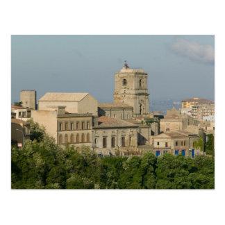 Italia, Sicilia, Enna, opinión de la ciudad de los Postal