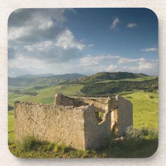 Italia, Sicilia, Enna, Pergusa, cortijo viejo Apoyavasos