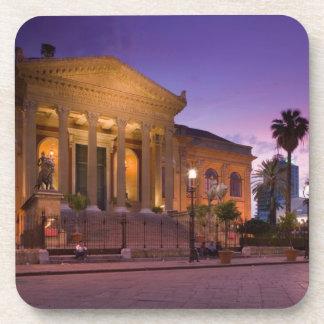 Italia, Sicilia, Palermo, ópera de Teatro Máximo Apoyavasos