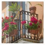 ITALIA, Sicilia, TAORMINA: Corso Umberto 1, Azulejo Cuadrado Grande