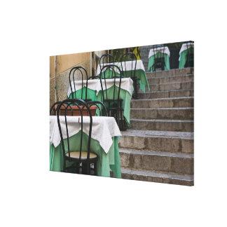ITALIA, Sicilia, TAORMINA: Corso Umberto 1, café Impresión En Lona Estirada