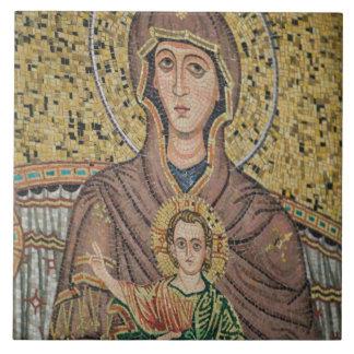 ITALIA, Sicilia, TAORMINA: Corso Umberto 1, mosaic Azulejo Cuadrado Grande