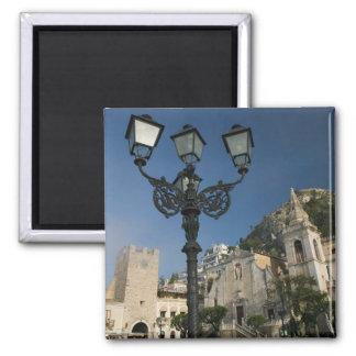 ITALIA, Sicilia, TAORMINA: Plaza IX Aprile, San Imán Cuadrado