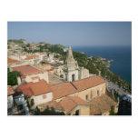 ITALIA, Sicilia, TAORMINA: Vea hacia la plaza IX Postal