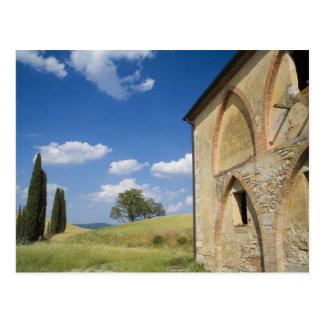 Italia, Toscana, chalet toscano en primavera Postales