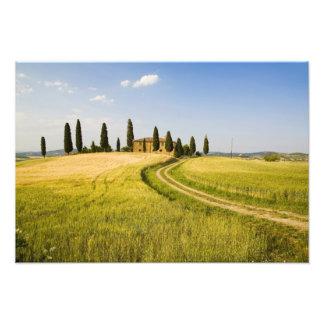 Italia, Toscana, chalet toscano que acerca a la co Fotografía