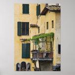 Italia, Toscana, Florencia. Balcón y Impresiones