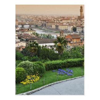 Italia, Toscana, Florencia. Vista de la ciudad de Postal