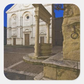 Italia, Toscana, Pienza. Fachada de la catedral y Pegatina Cuadradas Personalizadas