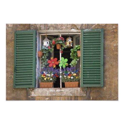 Italia, Toscana, Siena, ventana de una casa adentr Fotografía