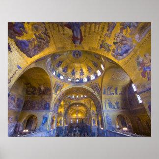 Italia, Venecia. El interior del St. marca la cate Póster