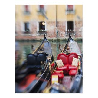 Italia, Venecia, foco selectivo de la góndola en l Postal