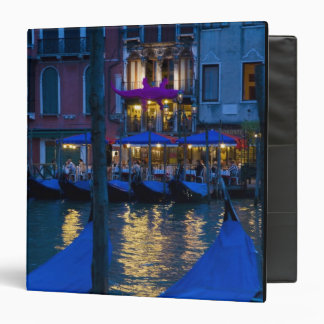 """Italia, Venecia, opinión de la noche a lo largo de Carpeta 1 1/2"""""""