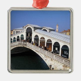 Italia, Véneto, Venecia, travesía del puente de Ri Ornaments Para Arbol De Navidad