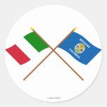 Italia y banderas cruzadas Calabria Pegatina Redonda