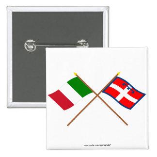 Italia y banderas cruzadas Piemonte Pin Cuadrado