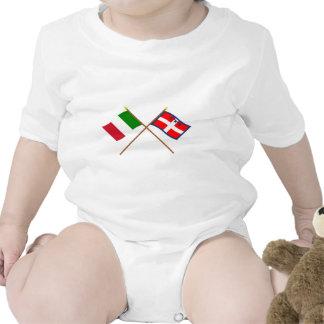 Italia y banderas cruzadas Piemonte Traje De Bebé