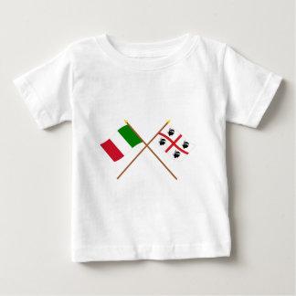 Italia y banderas cruzadas Sardegna Poleras