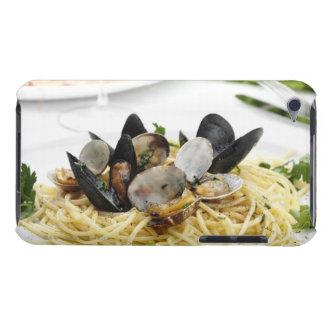 Italian cuisine. Spaghetti alle vongole. iPod Case-Mate Case