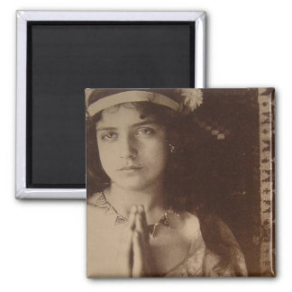 Italian Woman Praying Fridge Magnets