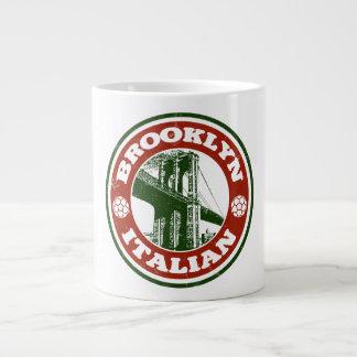 Italianos de Brooklyn Nueva York Taza Grande