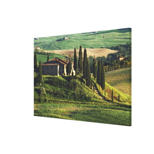 Italy. A pastoral Tuscany villa in Val d'Orcia. Canvas Print