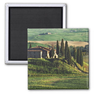 Italy. A pastoral Tuscany villa in Val d'Orcia. Magnet