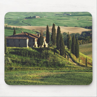 Italy. A pastoral Tuscany villa in Val d'Orcia. Mouse Pad