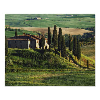 Italy. A pastoral Tuscany villa in Val d'Orcia. Poster
