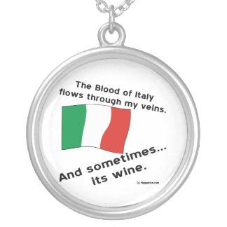 Italy Blood Wine Round Pendant Necklace