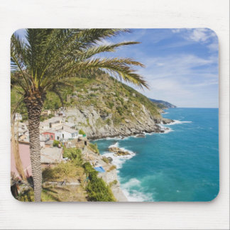 Italy, Cinque Terre, Vernazza, Hillside Town of Mouse Pad