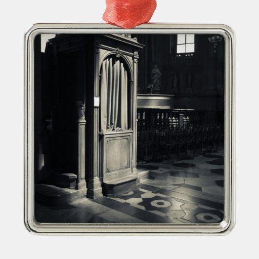 Italy, Como Province, Como. Como Cathedral, Christmas Ornaments